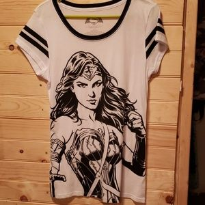 Tops - Wonder Woman shirt